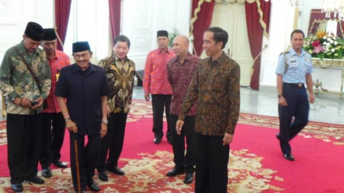 Didampingi Suharso Monoarfa, BJ Habibie Temui Jokowi