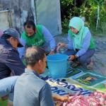 DPC PPP Lamongan Berbagi Daging Kurban Untuk Masyarakat